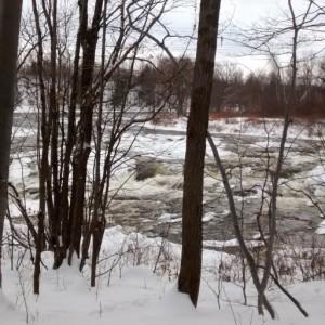 Lac en hiver avec glace